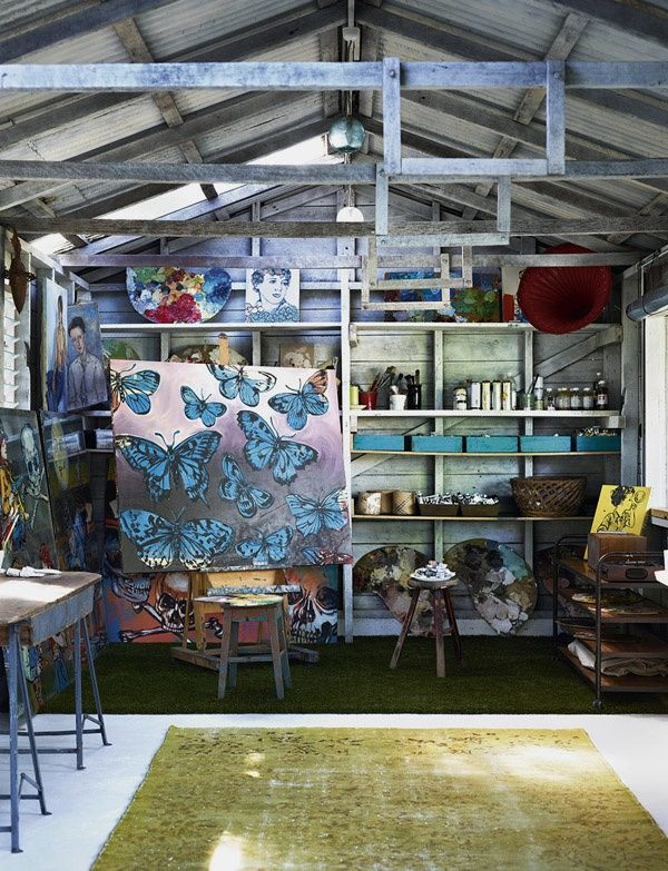Just popped out for a few hours to do some work in the painting studio. There are so many solutions to be found on the canvas