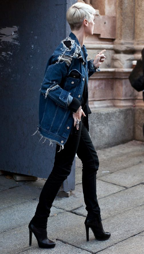 Just got an oversized denim jacket like this one. So awesome. #casual #chic #fashion