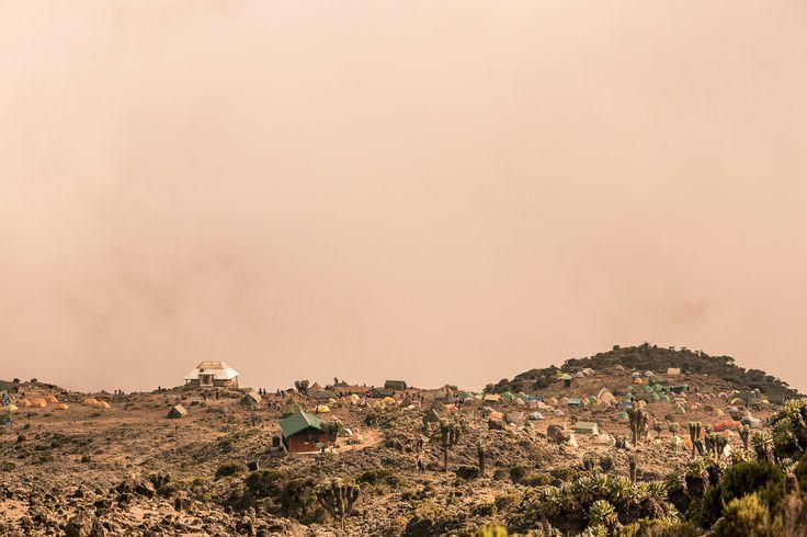 camp kilimanjaro mountain tanzania volcano volcanic 5895metres photographer yulikov 19000feet africa sunset