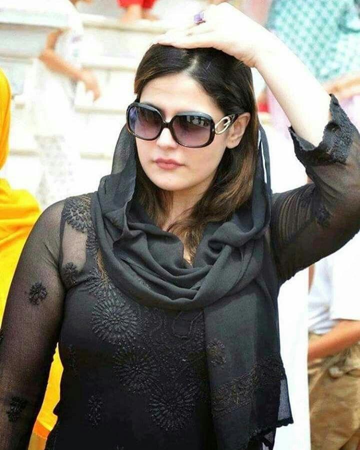 Hot Zareen Khan <3