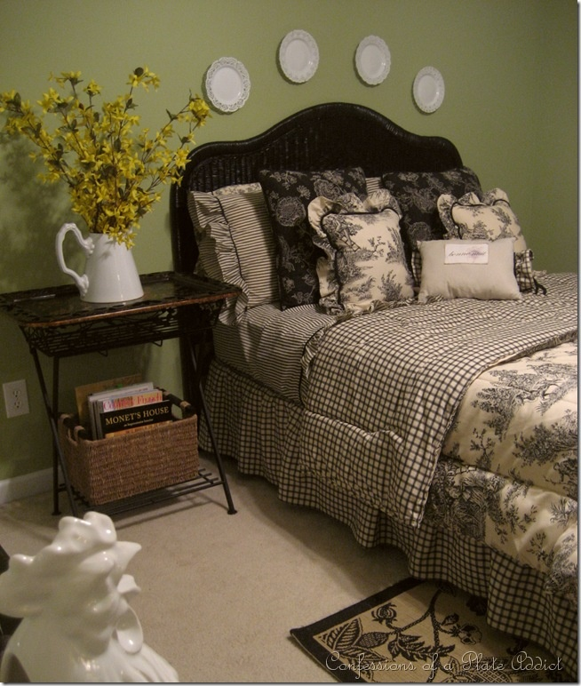Bedroom Decorating Ideas Totally Toile: Some Frenchy Fluffing...or...Roosters, Grapes And Toile