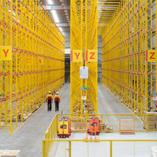 Imagem de http://www.dhl.co.in/content/dam/Local_Images/in/logistics/Supply_Chains_Solutions/0042_multi_customer_sites/freedom-to-explain.jpg.