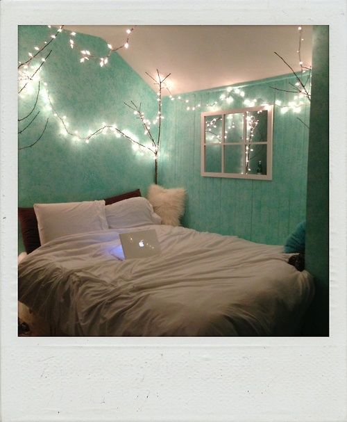 visiting for christmas luke hemmings 1 mint bedroom decordiy bedroombedroom ideaspeach - Mint Green Bedroom Decorating Ideas