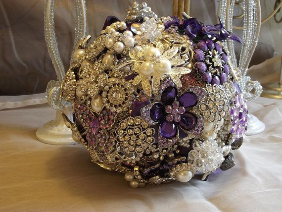150.00Bridal Brooches Bouquets, Brooch Bouquets, Purple, Etsy, Bridal Bouquets Sarah, Bouquets Ideas, Pretty, Brooches Bridal, Nicolasacicero