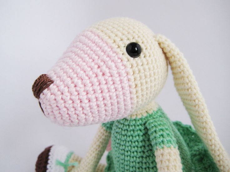 Long-eared Dog Crochet Toy PATTERN by mojeamigurumi on Etsy https://www.etsy.com/listing/267947861/long-eared-dog-crochet-toy-pattern
