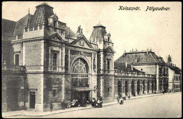 """<a class='trdeflink' href=""""http://postcards.arcanum.hu/hu/181874/"""">Pályaudvar</a> <br /> Postázás dátuma: 1918.03.21, Zempléni Múzeum"""