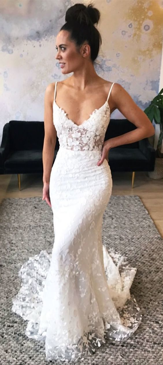 Mermaid Spaghetti Straps Sweep Train Lace Wedding Dress with Appliques