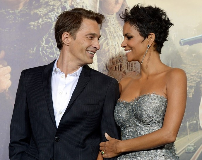 Report: Halle Berry is Pregnant With Her Second Child—And It's a Boy | StyleCaster