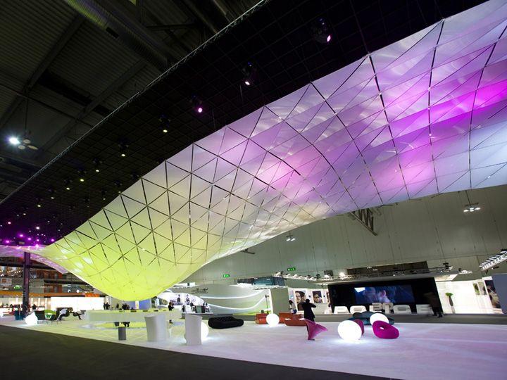 MIDO trade fair installation by Cavaletti + Pagliariccio