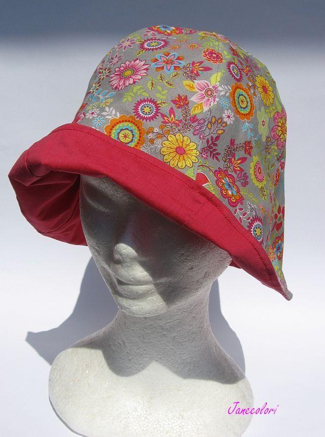 cappello estivo da sole feminile, a campana, reversibile, fiori colorati su grigio/rosso , flowers, chapeaux soleil femme : Cappelli, berretti di janecolori-accessoires