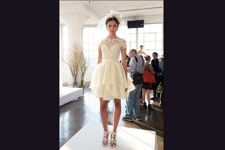 Cortes assimétricos e decotes de coração são tendência em moda para noivas - UOL Estilo de vida
