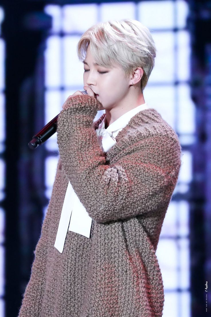 BTS' Jimin Looks Like An Angel In HIs Over-Sized Sweater — Koreaboo