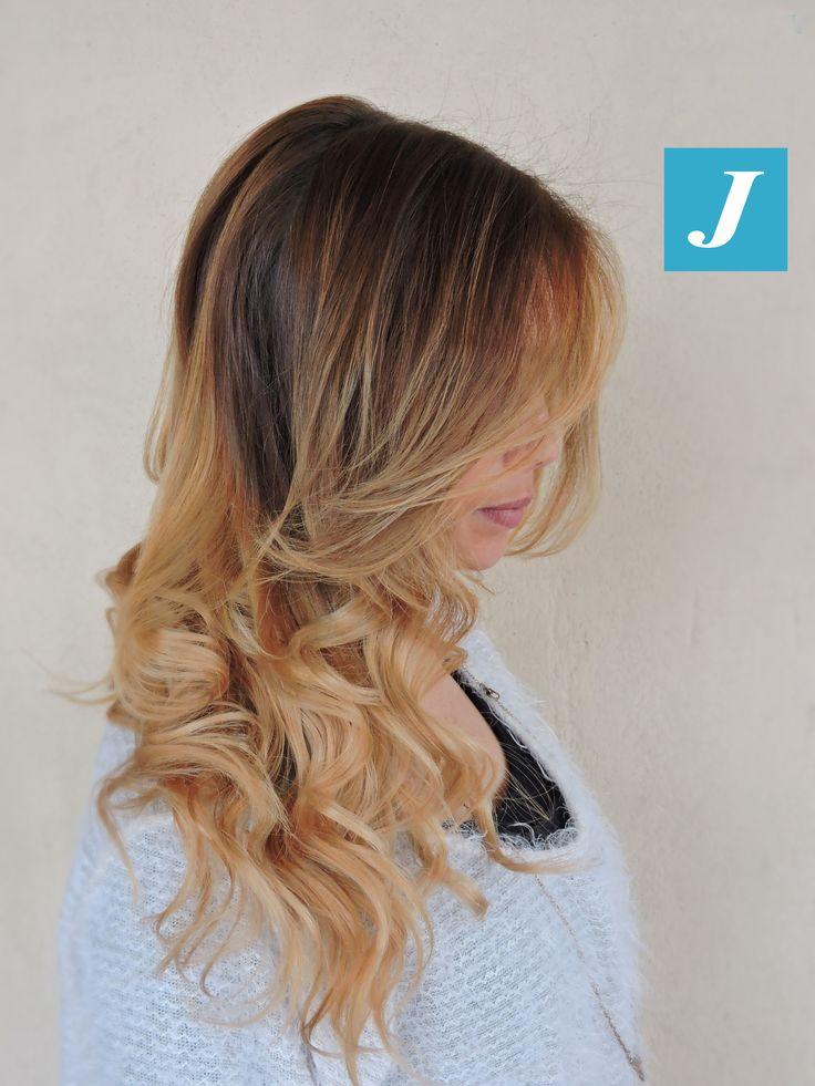 Ad ogni donna le sfumature Degradé Joelle che desidera! #cdj #degradejoelle #tagliopuntearia #degradé #igers #musthave #hair #hairstyle #haircolour #longhair #ootd #hairfashion #madeinitaly #wellastudionyc