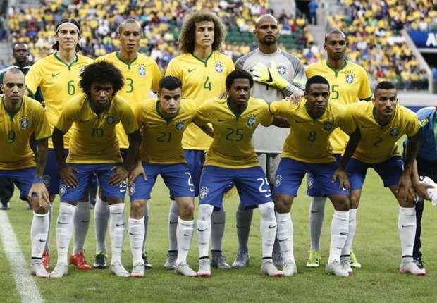 Inilah daftar pemain atau skuad Brasil di Copa America 2016 yang dilatih oleh Carlos Dunga yang mana sejumlah pemain bintangnya absen atau tidak dipanggil. Dengan mengandalkan kebanyakan pemain mud…