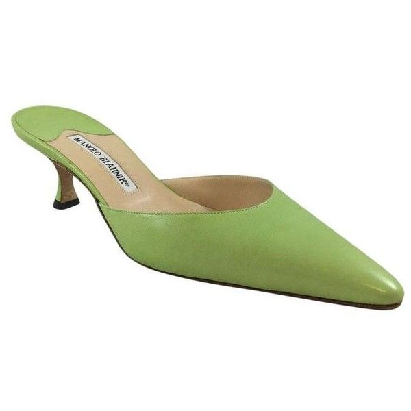 Pre-Owned Lime Green Leather Kitten Heel Slides 38.5 (£180) ❤ liked on Polyvore featuring shoes, green, green shoes, pointed toe shoes, green leather shoes, pointed toe sandals and mid heel sandals