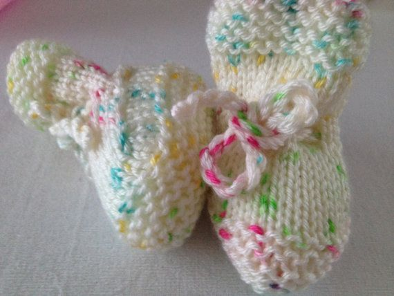 Colorful Baby Booties Slippers 3-6 Months DISCOUNTED 18 to 10 USD!!!