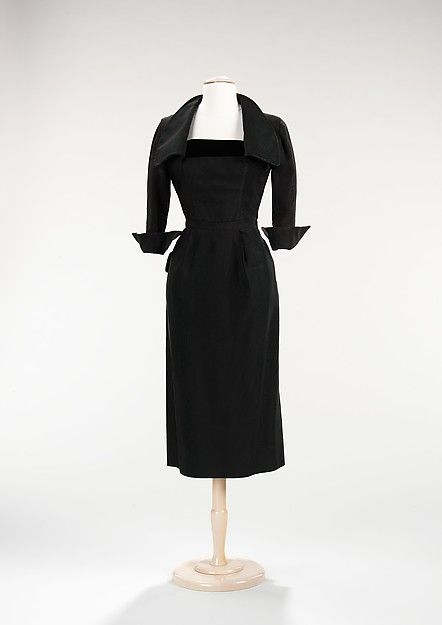 jean dessès silk cocktail dress with portrait collar + cuffed sleeves | 1952 | #vintage #1950s #fashion