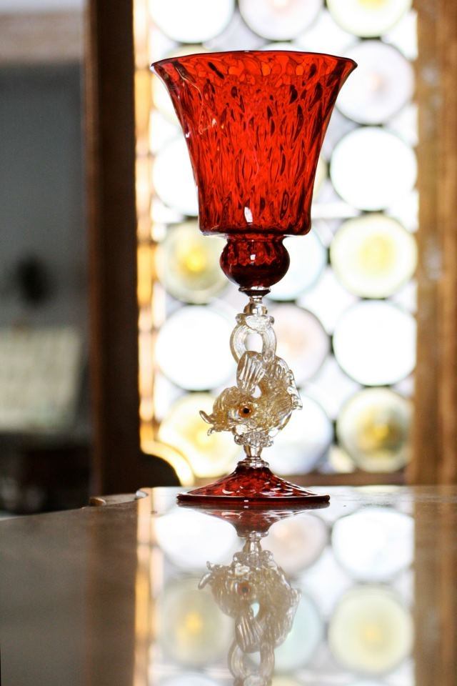Tiziano by Seguso Gianni. Discover it on: http://www.yourmurano.com/en/goblets/tiziano.html    #muranoglass #masterpice #homedecor #homeaccessories #artisanal #handcrafted #handmade #yourmurano