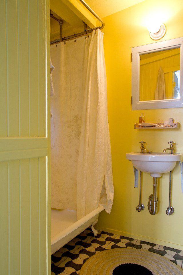 Alexandra eliot 39 s 1890 39 s farmhouse house tours modern for 1890 bathroom design