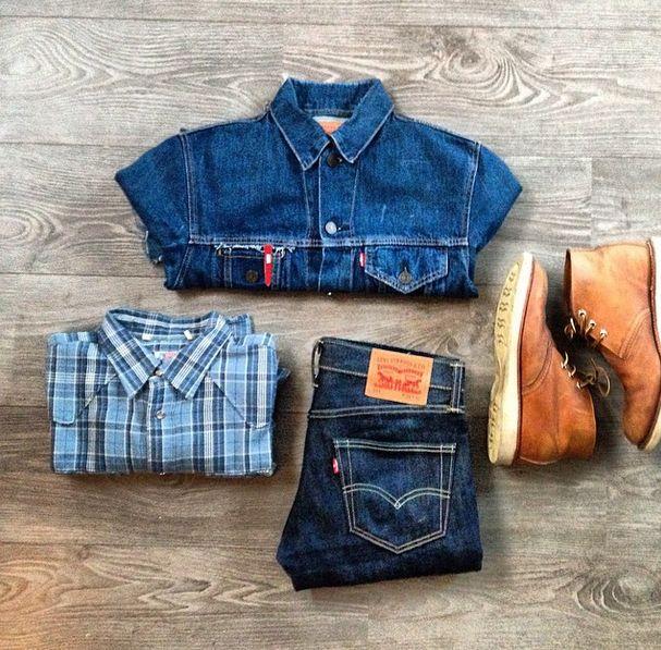 Классический #look крутого парня выглядит именно так: куртка #Levis, джинсы #501 модели и клетчатая рубашка.  #LiveInLevis