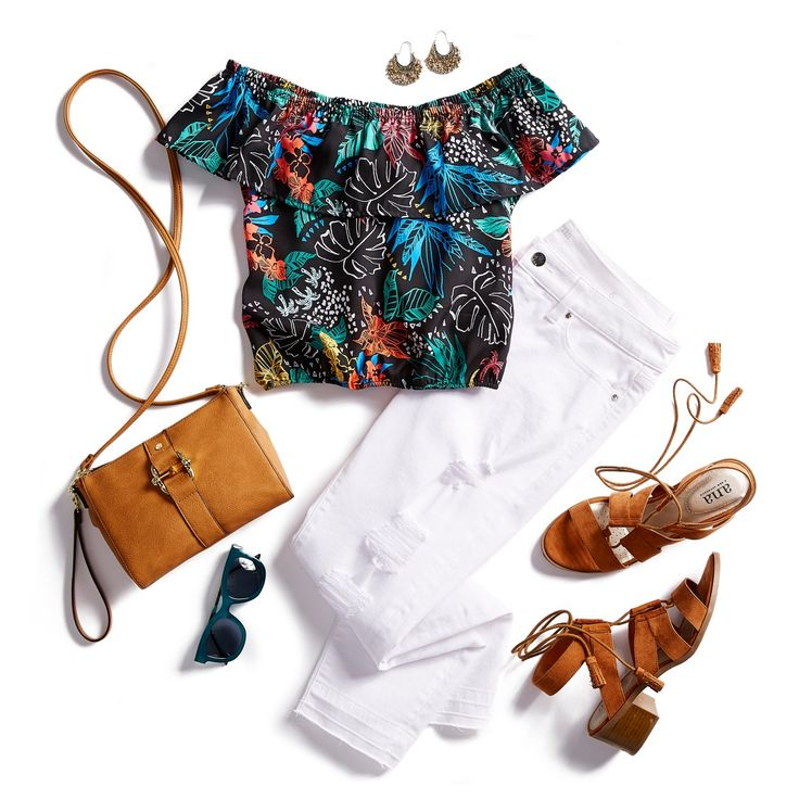 An outdoor party outfit should be simple and stylish. White jeans paired with a floral off-the-shoulder top is the perfect combo for a summer party outfit. Add your favorite pair of colorful sandals and you're ready to party!