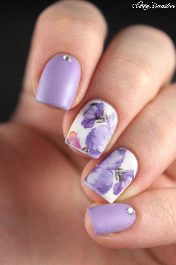 Lavenders are beautiful flowers and you can capture their softness with watercolor nail art. Use periwinkle polish as the color of the flower as well as add a matte color for the rest of the nails. Begin with using a white base polish as your canvas.