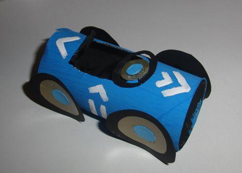 Race Auto knutselen met een wc rolletje
