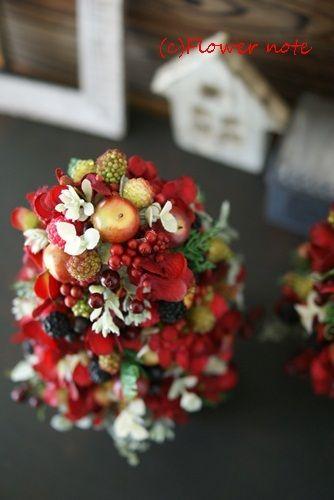 横浜・上大岡 Flower note 小さなお花の教室 です。 12/22 20:00までにいただいたメールのお返事は全て完了しました。5名様以上で出張レッ…