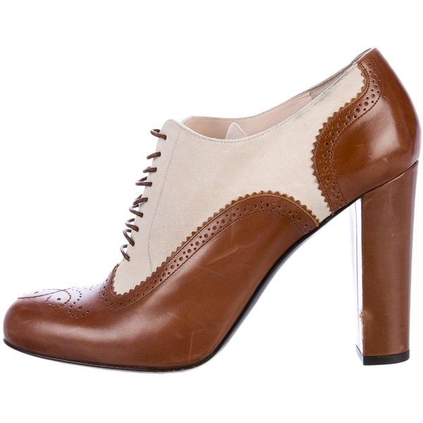 Pre-owned Bally Leather Brogue Ankle Boots ($125) ❤ liked on Polyvore featuring shoes, boots, ankle booties, brown, lace-up bootie, leather bootie, brown leather booties, leather ankle booties and laced up ankle boots