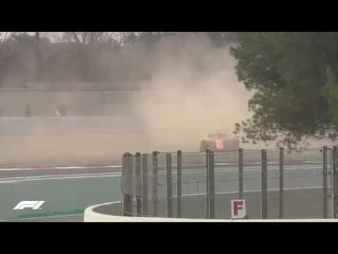 Cominciano male i test di Alonso: uscita di pista senza ruota