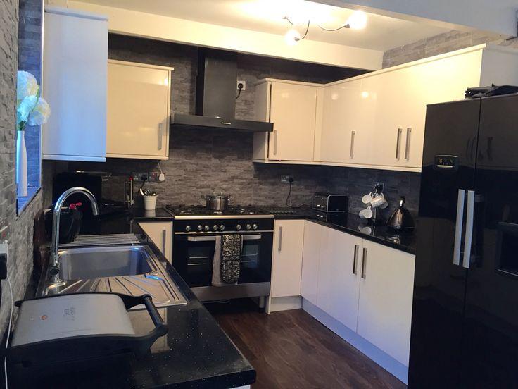 Kitchen Tiles For Cream Kitchen cream kitchen grey split face tiles | cream kitchen grey tiles