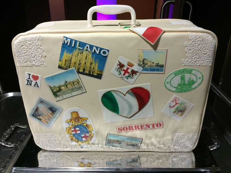 Italy themed wedding cake