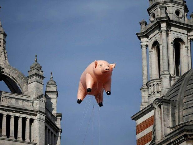 Pink Floyd é tema de exposição com 'porco voador' em Londres (Vídeo com Nick Mason)