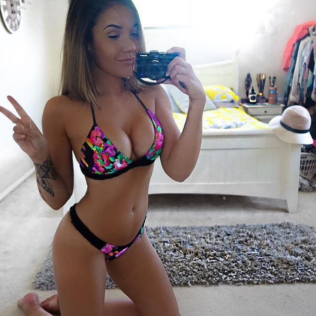Davina Rankin Aus Hot Instagram Photos Pinterest Curves And Models