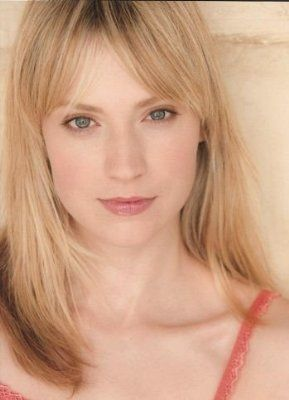 Blonde hair, bangs - Beth Riesgraf