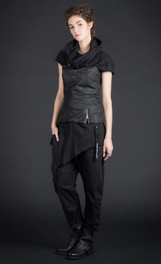 BODEES - crinkled-look bodice black top / PU coated cotton | Studio B3 |