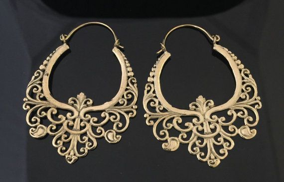 Messing-regal Creolen Ohrringe gedehnte Ohren von wotwjewelry