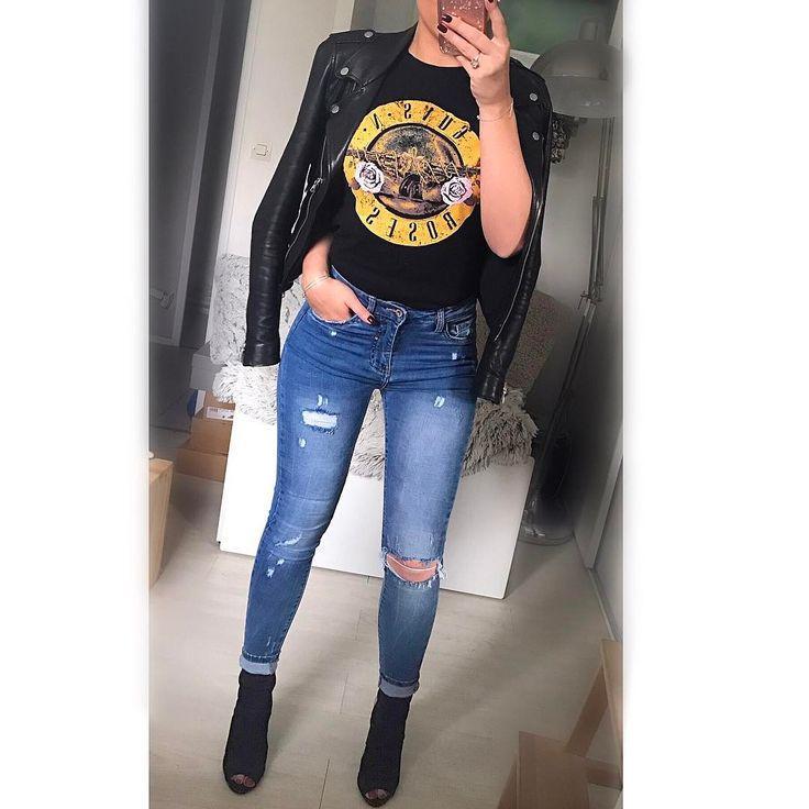 1,115 vind-ik-leuks, 22 reacties - Salomé (@salome_vander) op Instagram: '➰ . Veste : @zara . Tee-shirt : @primark . Jean : @sarahbel_shop . Talon : @sarahbel_shop . . . .…'