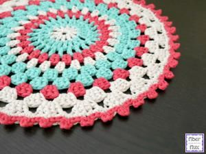 Decorate your table with free crochet placemat patterns: Coastal Placemat Free Crochet Pattern