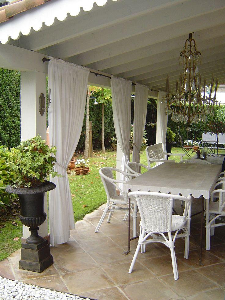 17 best images about porches and sunrooms on pinterest - Porches de casas ...