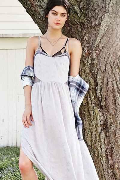 Maxi dress under slip for dress