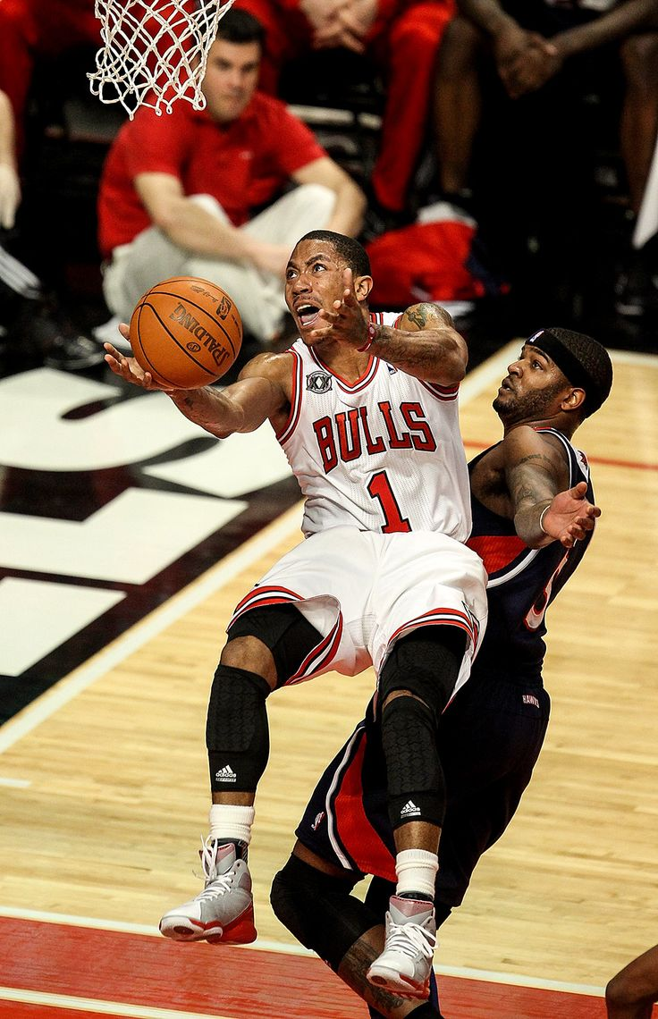 2010-11 NBA MVP Derrick Rose | THE OFFICIAL SITE OF THE CHICAGO BULLS