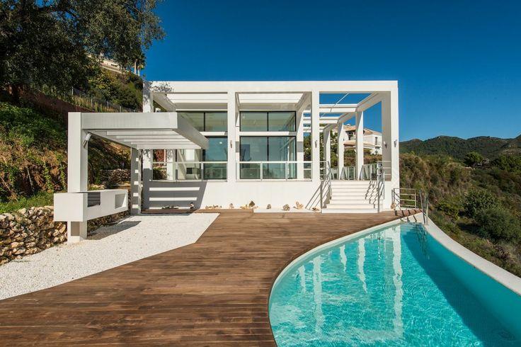 Elegant and modern house in Marbella