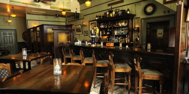 Circa 1875 is Savannah's unpretentious Parisian bistro and pub where one can enjoy delicious French cuisine served with excellence in an authentic old world bistro setting. Come and relax in this 19th century flair. Bon appetite!