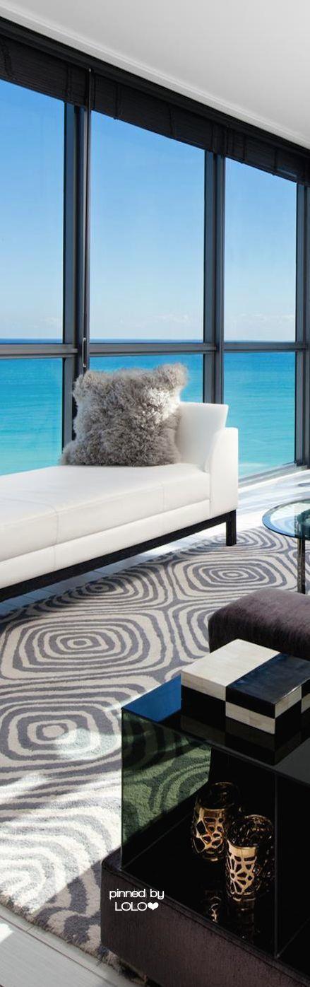 Rosamaria G Frangini | Architecture Luxury Houses | Miami, via LOLO