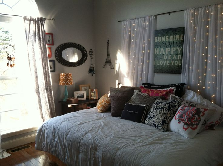 Teen bedroom makeover! DIY headboard, Benjamin Moore Sidewalk Gray ...