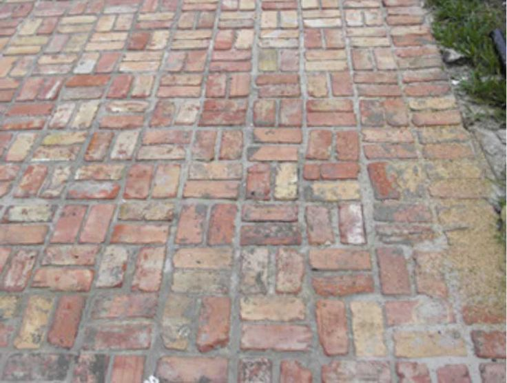 Brick Patio  Wanna Put This In Place Of My Swing Set