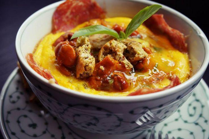 Ofenei mit Pilzen, Zucchini & Salami / Eierschwammerl mit Ei