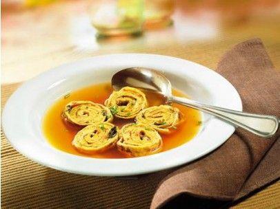Klare Suppe mit Asia Einlagen