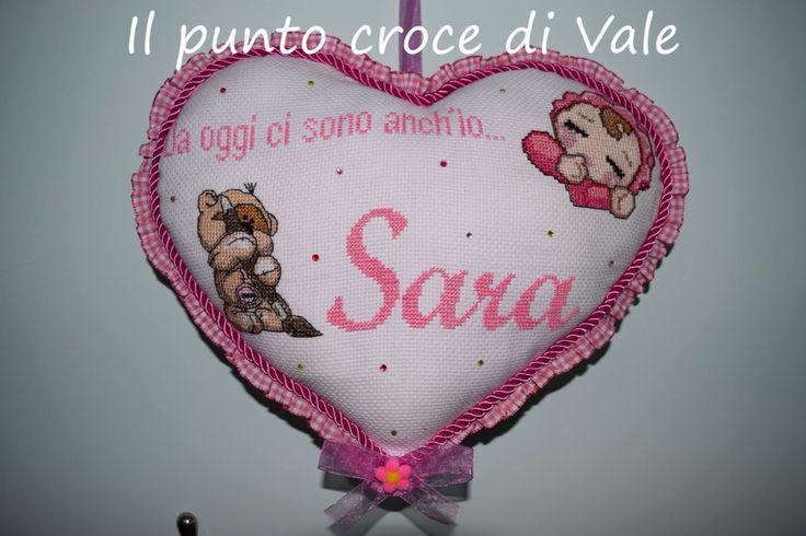 Il secondo fiocco nascita realizzatoper la mia piccola nipotina Sara. Visita la mia pagina Facebook IL PUNTO CROCE DI VALE